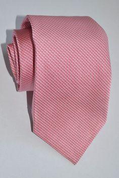 Genuine Battisti tie with pink /fuchsia design. Battisti Napoli ties are made in Italy. Pink Ties, Art Pieces, Silk, How To Make, Wedding, Italy, Pocket, Design, Fashion