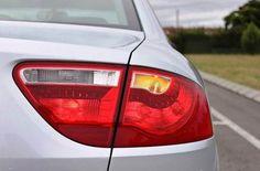 Emite las señales, que correspondan, con anticipación para que los otros conductores sepan lo que harás. No los tomes por sorpresa porque puedes ocasionar un accidente. #TuRadioVialInformativa