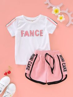 Kids Girls Summer Short Sleeve Letters Print T-shirt TopsShorts Sports Set Source by dress teenage Cute Lazy Outfits, Cute Swag Outfits, Kids Outfits Girls, Sporty Outfits, Trendy Outfits, Girls Fashion Clothes, Teen Fashion Outfits, Cute Pajama Sets, Cute Sleepwear