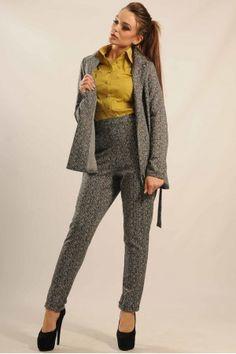 Ці стильні брюки чорно-білогокольору Ви можете купити у нашому магазині.  Завжди в наявності d28e46b70cd09