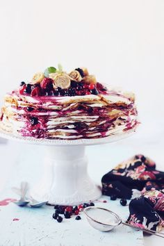 Pancakes cake with mascarpone and berries
