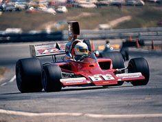 Brian Redman - Lola T332 [HU42] Chevrolet V8 - Chaparral - Riverside Grand Prix - 1975 SCCA/USAC F5000 Championship, round 7