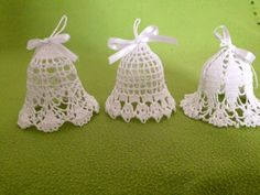 Christmas Bells, Christmas Is Coming, Crochet Christmas Decorations, Christmas Crafts, Lace Patterns, Beautiful Crochet, Crochet Lace, Crochet Earrings, Jewelry