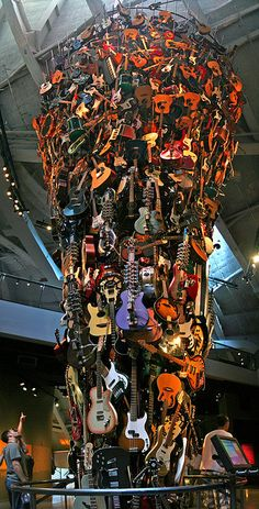 guitar art - hmmm...I could almost do this...