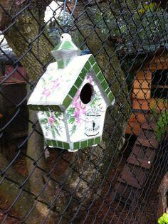 Diy mosaic bird house