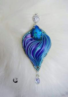 Ribbon Jewelry, Soutache Jewelry, Bead Jewellery, Seed Bead Jewelry, Beaded Jewelry, Shibori, Blue Christmas, Silk Ribbon Embroidery, How To Make Beads