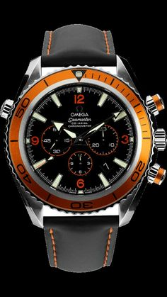 Omega Seamaster Planet Ocean This definitive watch offers everyday style for the loving guy and girl to feel original and unique. Men's Watches, Dream Watches, Fine Watches, Cool Watches, Fashion Watches, Black Watches, Omega Seamaster Planet Ocean, Rolex, Omega Speedmaster