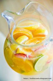 Kathie Cooks...: Simple White Wine Sangria