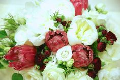 The red and white bouquet