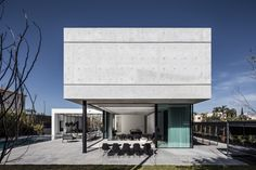 Gallery of The S House / Pitsou Kedem Architects - 5