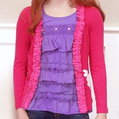 Turn a T-Shirt into a Cardigan. It looks so easy!