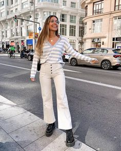 Madrid Street Style, Winter Looks, Spring Outfits, Winter Outfits, Cute Casual Outfits, Aesthetic Clothes, Dr. Martens, Autumn Fashion, Spring Fashion