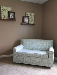 Helpful tips on how to reupholster a vintage fold out Love Seat.
