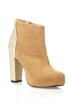 c label Mindy 9 Booties In Tan & Gold -