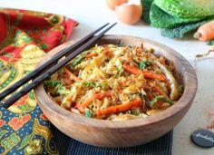 Dépaysement imminent avec le plat national indonésien au goût à la fois doux et relevé...