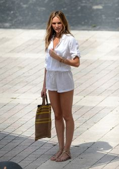 summer outfit. (pictured: Candice Swanepoel) #streetstyle #fashion #modeloffduty