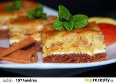 Skládaný jablkový koláč recept - TopRecepty.cz Tiramisu, Banana Bread, Cheesecake, Food And Drink, Pie, Pudding, Treats, Ethnic Recipes, Sweet