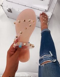 Making Your Own Footwear - 10 DIY Shoes for Comfort and Style Jelly Sandals, Cute Sandals, Cute Shoes, Me Too Shoes, Shoes Sandals, Shoes Sneakers, Rhinestone Sandals Flats, Pretty Sandals, Flat Sandals