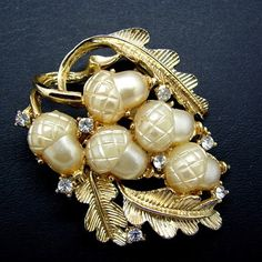 Vintage Coro Pearly White Moonglow Lucite Acorns Rhinestone Brooch