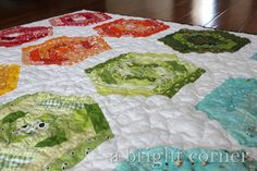 abrightcorner.com:  hexing around quilt 2