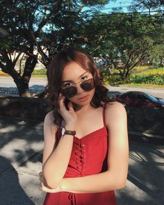 Image may contain: 1 person, sunglasses, tree, outdoor and nature Yassi Pressman, Filipina Beauty, Celebrity Singers, Nadine Lustre, Pink Aesthetic, Tumblr Girls, Celebs, Celebrities, Korean Girl