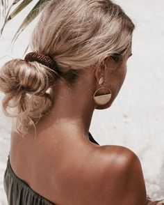 Spray Tan Tips: Everything You Need to Know for a Natural Glow
