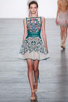 Tadashi Shoji ready-to-wear spring/summer '17: