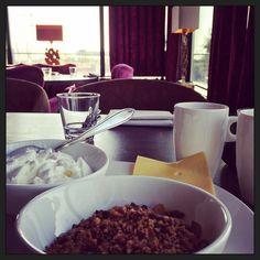 #hotelontbijtje... (het roereitje is onderweg..) #eten#hotel #foodporn #mylife #myview