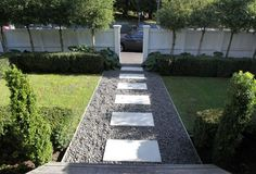 Verve and vitality brought to villa Gardening The post Verve and vitality brought to villa appeared first on Garden Easy. Front Garden Landscape, Garden Paths, Landscape Design, Garden Design, Front Gardens, Outdoor Gardens, Front Path, Front Fence, Front Garden Path