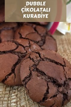 Dubble Çikolatalı Nefis Ve Kolay Kurabiye - Nefis Yemek Tarifleri - galletas - Las recetas más prácticas y fáciles Easy Cookie Recipes, Easy Desserts, Sweet Recipes, Delicious Desserts, Yummy Food, B Food, Cookie Time, Desert Recipes, Bakery