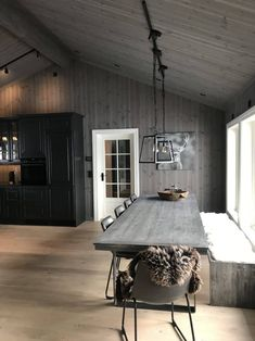 Winter Cabin, Outdoor Furniture, Outdoor Decor, Dream Cars, Dining Room, Interior, House, Baby Birthday, Cottages