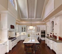 Dramatic vaulted ceiling in Kitchen traditional kitchen