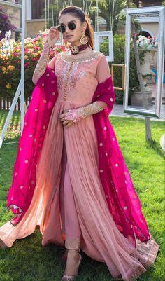 13 Extraordinary Fun Fashion Tips Mind Blowing Tips.Fashion Tips Outfits Beautiful Pakistani Dresses, Pakistani Party Wear Dresses, Desi Wedding Dresses, Shadi Dresses, Indian Gowns Dresses, Pakistani Dress Design, Indian Wedding Outfits, Pakistani Outfits, Indian Outfits