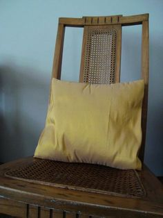 How To Sew a 5-Minute Pillow Cover