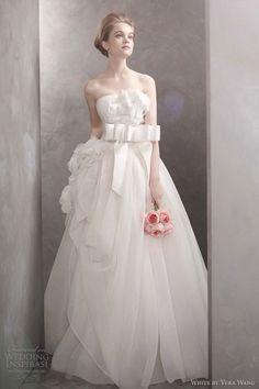 e9673eb70315 7 Best Wedding Dresses images | Alon livne wedding dresses, Bridal ...