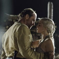 Game of Thrones | Ser Jorah Mormont and Danaerys Targaryen, Iain Glen and Emilia Clarke.