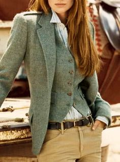 love this shade/texture and fit of the outer coat.  wouldn't do a vest though