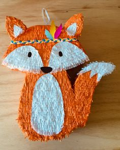 Fox pinata Balloon Pinata, Balloons, Theme Bapteme, Woodland Animals Theme, Fox Party, Boys First Birthday Party Ideas, Diy And Crafts, Paper Crafts, Woodland Party