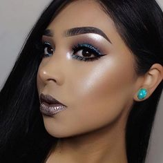 WEBSTA @ makeupaddictioncosmetics - ❤️ @vemakeup713 is glowing so beautifully with White Diamond from our #HolyGlowVol1! #MakeupAddictionCosmetics#MakeupAddictionBrushes#MADDHiglighters