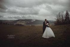 "Páči sa mi to: 83, komentáre: 2 – Amy Klusová Sivčáková - Foto (@amyklusovasivcakovafotografie) na Instagrame: ""F&J ❤️ #love #nikon #nikond750 #d750 #photo #photographer #photoshoot #couple #rustic #provance…"" Amy, Nikon, Photo Shoot, 21st, Wedding Dresses, Instagram Posts, Fashion, Pray, Photoshoot"