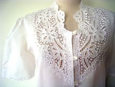 Open Work Floral Cutout White Blouse by LolaVintage, on Etsy. Work Fashion, Fashion Outfits, Fashion Design, Cut Work, Beautiful Blouses, Work Blouse, Blouse Vintage, Blouse Patterns, Simple Elegance
