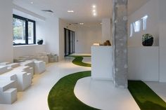 http://www.officedesigngallery.com/images/3/The-JWT-Agency-by-Mathieu-Lehanneur_9.jpg?0.23156462290111346