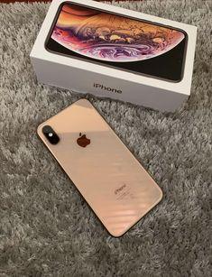 Iphone 10, Free Iphone, Apple Iphone, Baby Iphone, Aesthetic Phone Case, Gold Aesthetic, Unique Iphone Cases, Iphone Accessories, New Phones