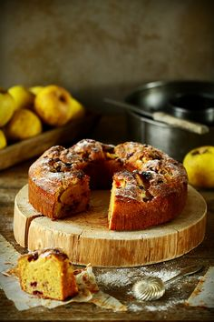 Norwegian Cake with Sour Apples and Cranberries