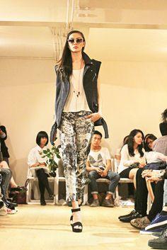 Models hit the runway to showcase Nikicio Mixte's autumn/winter 2012 collection at W_Space in Kemang on July 13.(Photo courtesy of Nikicio).