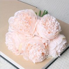 VANRINA Silk Peony Bouquet Quality Wedding Flowers 5 Heads Artificial Peonies Bouquet For Bridal Bridesmaids DIY Flowers Centerpieces These artificial silk flower bouquets are made of quality fabric silk and plastic which make the flowers really realistic, they are the best choice