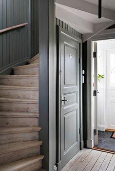 Lundin Fastighetsbyrå - Kålltorp - i toppskick Interior Design Layout, Interior Design Living Room, Beautiful Interior Design, Interior Decorating, Cabin Interiors, Staircase Design, Interior Inspiration, Interior And Exterior, Sweet Home