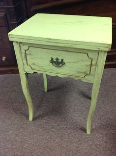 Repurposed Sewing Machine Table Used For A Drink Cooler Need 2 Do Pinterest Tables And Repurposing