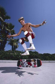 Rodney Mullen in the Skateboard Photos, Skateboard Decks, Skates, Rodney Mullen, Pose Reference Photo, Art Reference, Vintage Skateboards, Skate And Destroy, Summer Surf