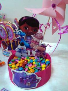 Mesa De Dulces Infantil Personalizada. Doctora Juguetes